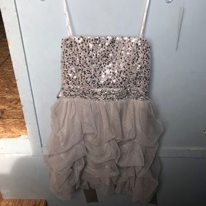 STRAPLESS HOMECOMING/ FORMAL DRESS !!
